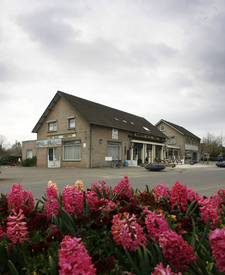 Cafe-zaal Eijsbouts in Ommel.