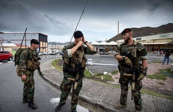 Militairen en politie-eenheden maakten volgens justitie de afgelopen dagen een eind aan grootschalige plunderingen op het eiland.
