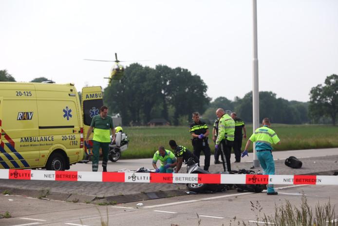 Twee traumahelikopters en meerdere ambulances spoedden zich naar de plek van het ongeluk