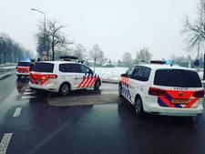 Politie rijdt bestuurder bij Winterswijk klem na ontvluchten controle