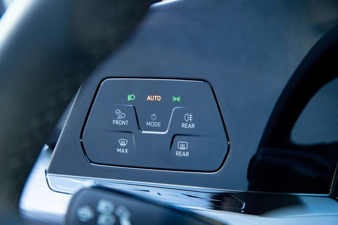 VW Golf 8, dashboard.
