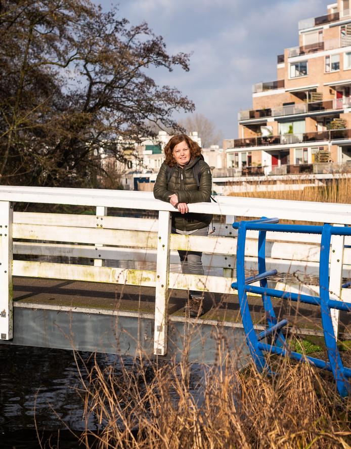 Anja van Dongen gaat naast het wandelen graag met vriendinnen op pad. ,,Ja, ik ben graag de hort op.