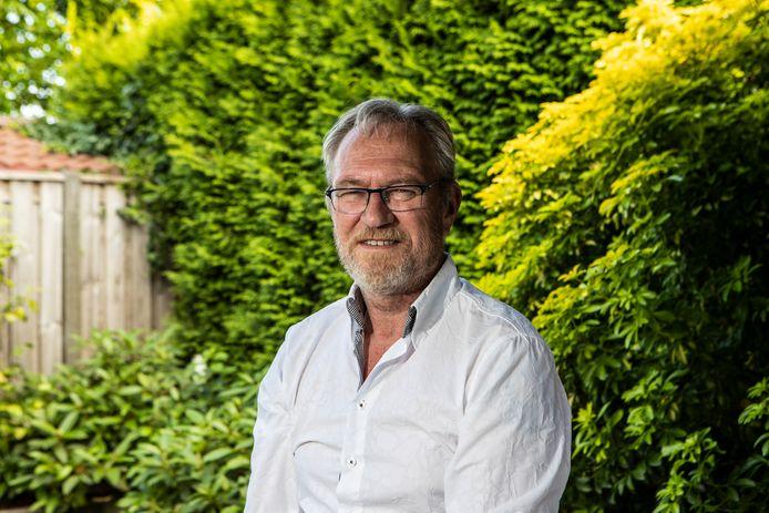 Bert Terlouw neemt over een jaar afscheid als fractievoorzitter van D66 in Raalte. De koers van de landelijke partij stuit hem tegen de borst.