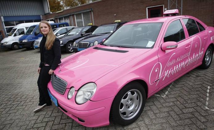 Amber Gooskens van Unitax in Veldhoven. Foto Irene Wouters