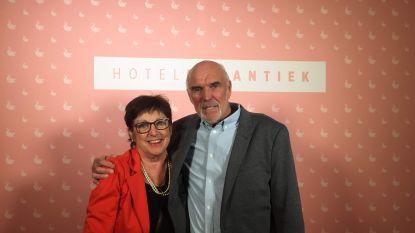 """Meer vlinders in Hotel Römantiek dan in 'Blind Getrouwd en 'Temptation' samen: """"Wat een sprookje. En dat op onze leeftijd!"""""""