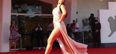 Georgina Rodriguez, la compagne de Cristiano Ronaldo, fait une apparition remarquée sur le tapis rouge de la Mostra de Venise