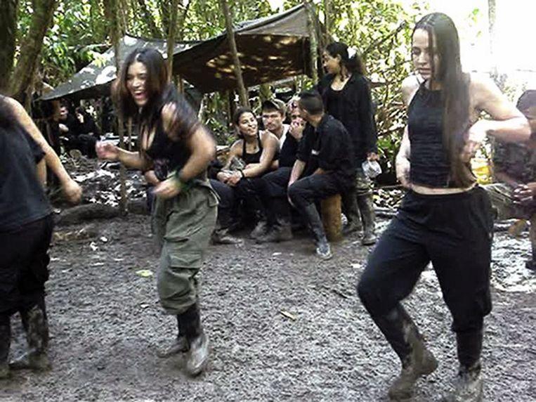 Tanja Nijmeijer (rechts) bij de FARC. Beeld anp