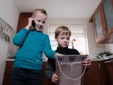 Mark Rutte verrast Teun en Daan na redden van oma: 'Jullie verdienen een pluim'