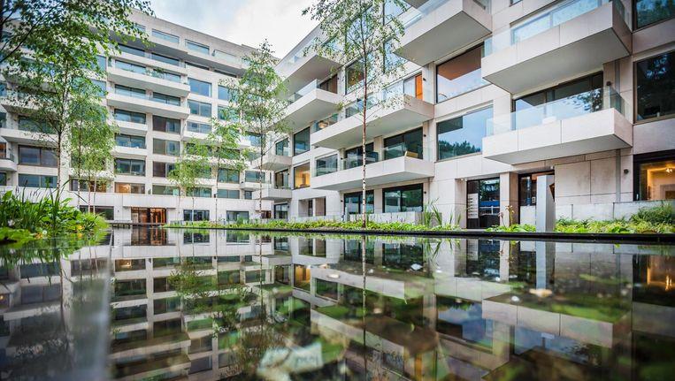 Huurprijzen in De Fred verschillen: een gemeubileerd appartement van 90 m2 kost €2450 per maand, 115 m2 kost 2950. Beeld Eva Plevier