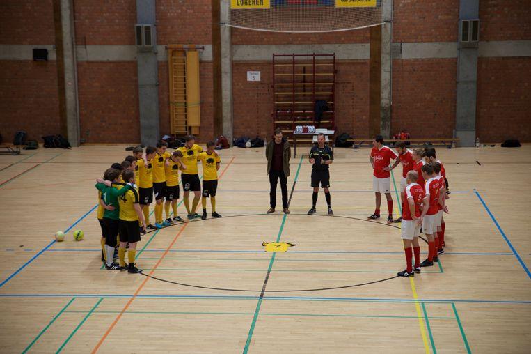 De spelers hielden afgelopen maandag een minuut stilte rond het shirt van Martijn.