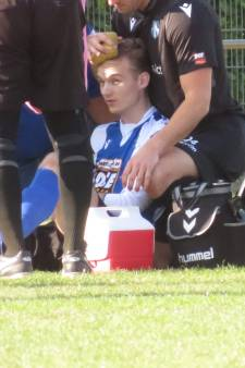 Tom in eerste wedstrijd na tien seconden al van het veld: 'Na mijn sprong weet ik niets meer'