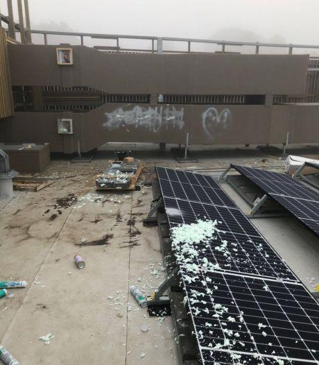 Vandalen laten spoor van vernieling na bij Nieuw dorpshuis De Eng in Voorthuizen