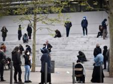 """Foule à Marseille pour se faire tester chez le Pr Raoult: """"Tous ces gens devraient être chez eux!"""""""