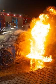 Brandstichter Enes S. hoeft niet meer de cel in voor autobranden rond Zwolse drugsoorlog