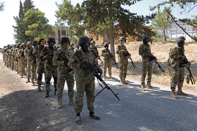 Ook de Syrische rebellen hebben zich de voorbije weken voorbereid op de aanval van het regime.