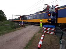 Spoorboom kapot gereden in Rijssen; verkeer wordt begeleid