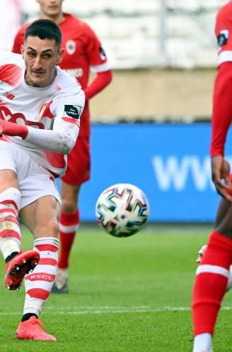 ONS RAPPORT. Eén Antwerp-speler flirt met de buis, bij Standard krijgen er twee een vier en één zelfs een drie