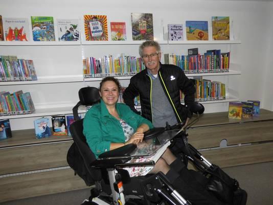 Carla Claassen tijdens de opening van het bibliotheekservicepunt in Haalderen in oktober.