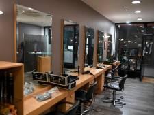 Les salons de coiffure fermés jusqu'au 5 avril