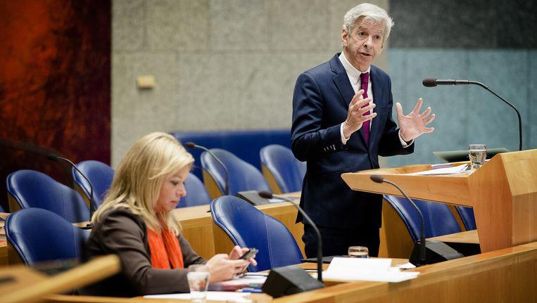 Minister Ronald Plasterk van Binnenlandse Zaken tijdens het NSA-debat. Beeld anp