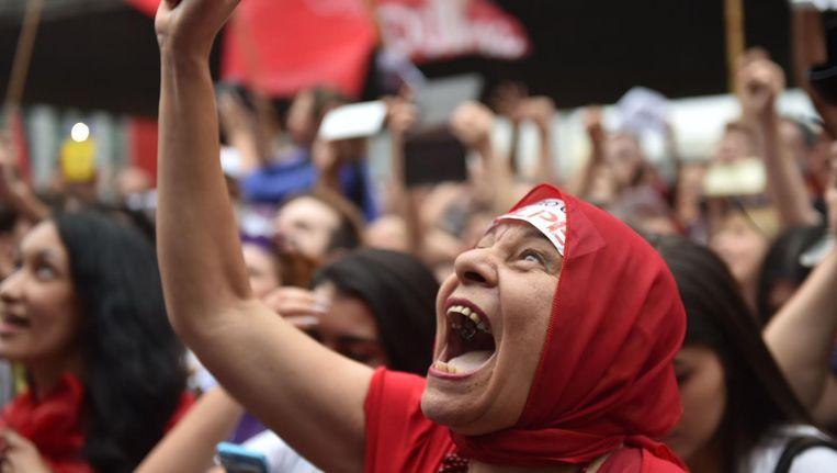 Een demonstrant tijdens protest tegen de afzetting van Rousseff in Sao Paulo. Beeld afp