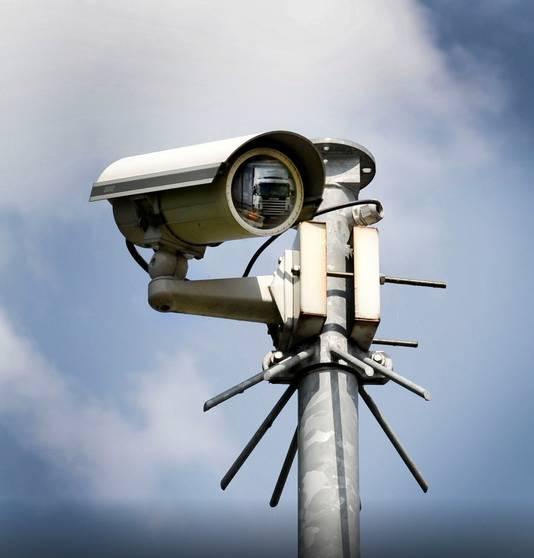 Camera's kunnen volgens burgemeester Hans Verheijen van Wijchen een adequaat middel zijn om overlast aan te pakken.