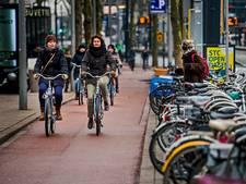 Fietstochtje door Rotterdam: lekker doorkarren over brede fietspaden