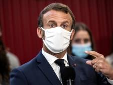 """Macron demande aux Français d'être """"plus vigilants"""" en privé"""