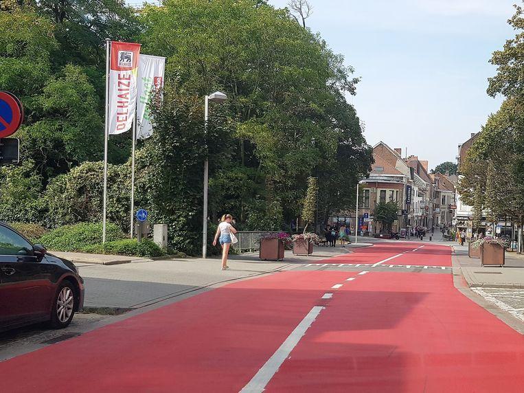 Klanten van de Delhaize in Halle rijden opnieuw reglementair de parking op.