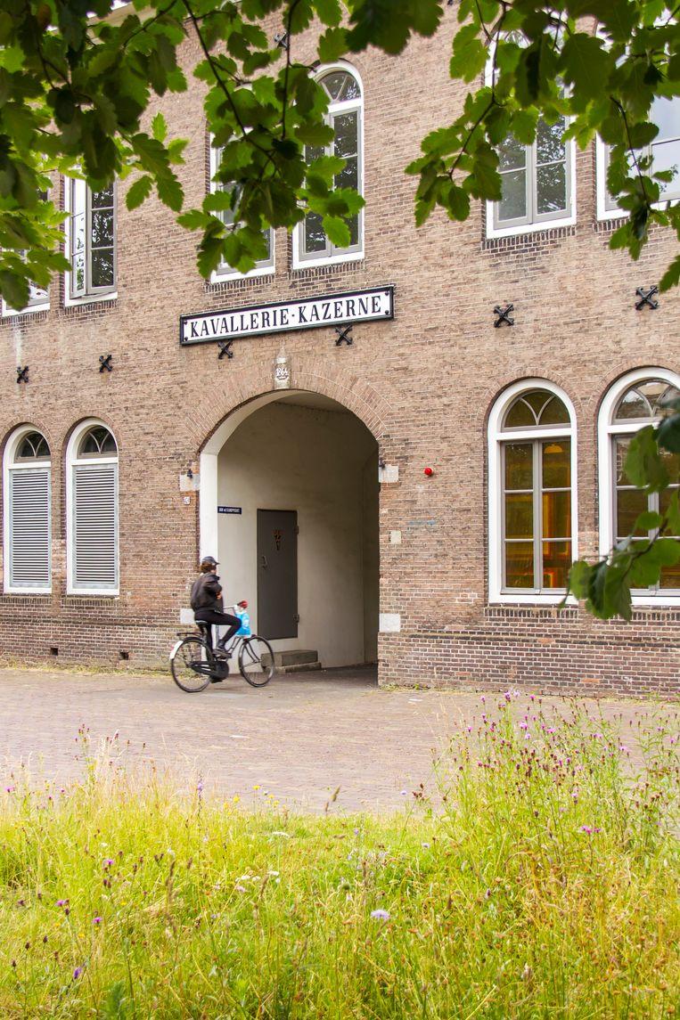 Jan Wolkers studeerde beeldhouwkunst op de Rijksakademie van Beeldende Kunsten in Amsterdam. Beeld Sander Groen