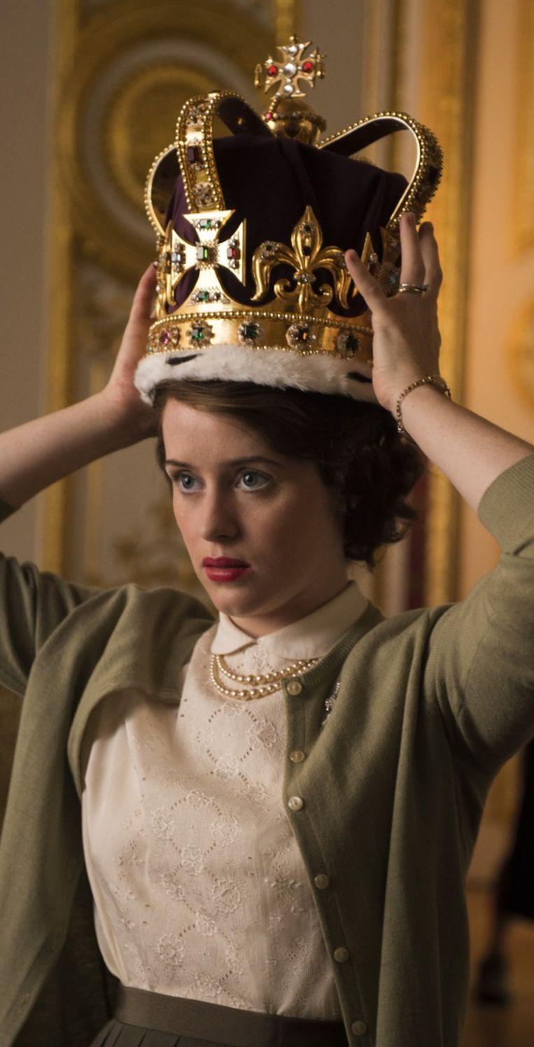 Claire Foy als Queen Elizabeth in The Crown Beeld