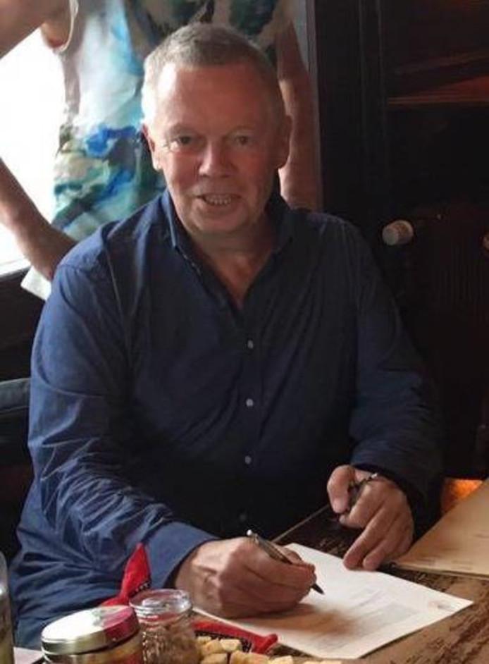 Jan Holtrigter bij de oprichting van Vordens Belang in 2016.