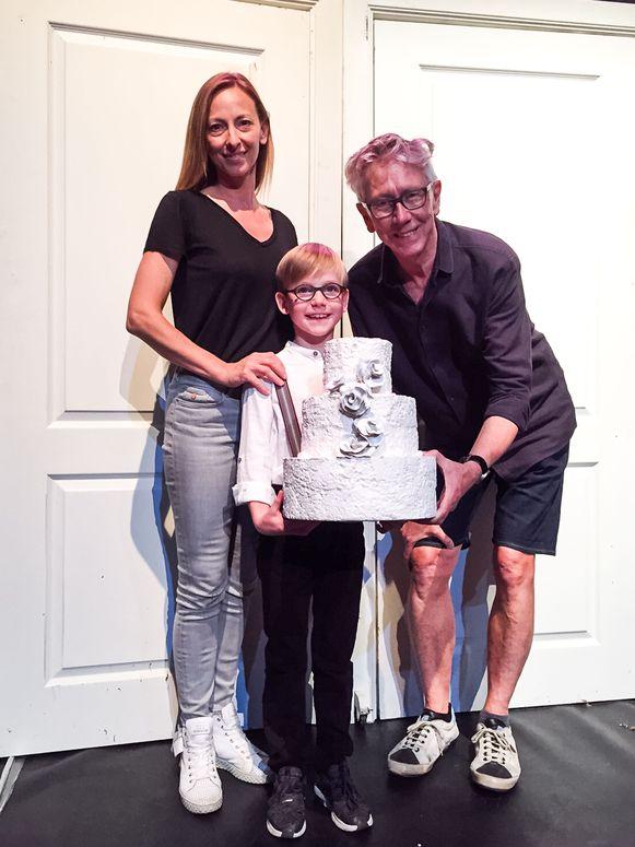 Jetro Thijs is 8 jaar en speelt hoofdrol in kinderopera N.E.R.O!. Hier met Veronique Lenaerts en Dirk Van Vaerenbergh.