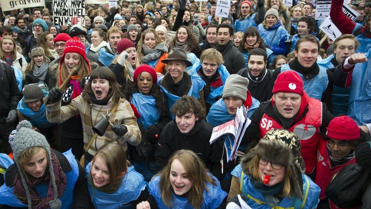 Studenten protesteren tegen bezuinigen op het hoger onderwijs. Beeld ANP