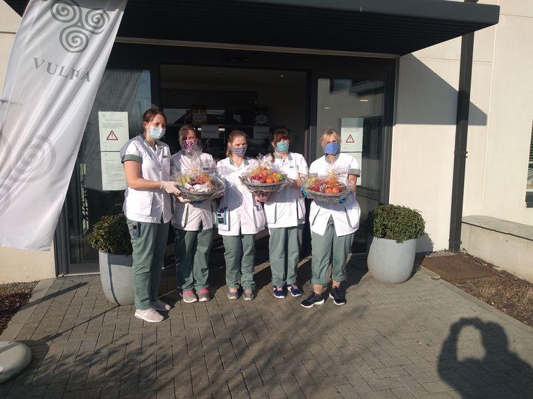 Fruitmanden voor personeel en bewoners van het woonzorgcentrum