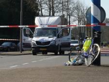 Wielrenner raakt ernstig gewond bij aanrijding met busje in Warnsveld