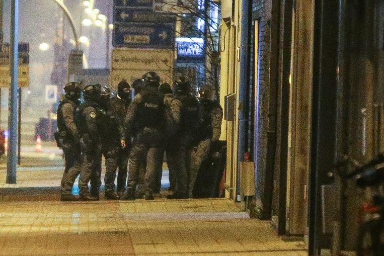 De politie was massaal en gespierd aanwezig.