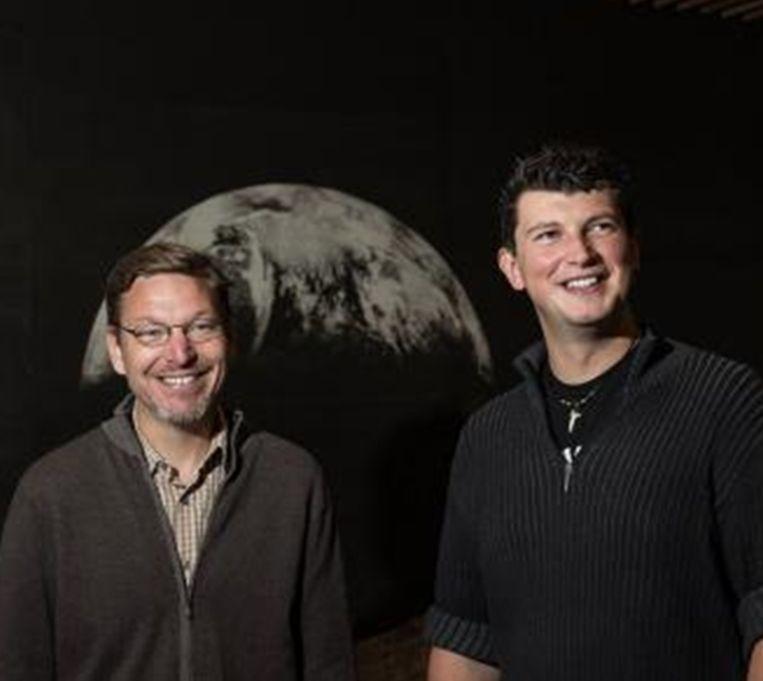 Professoren Mike Brown en Konstantin Batygin van Caltech in Pasadena, Californië.