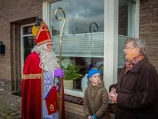 Sinterklaas denkt ook aan oude Ewijkse kinderen