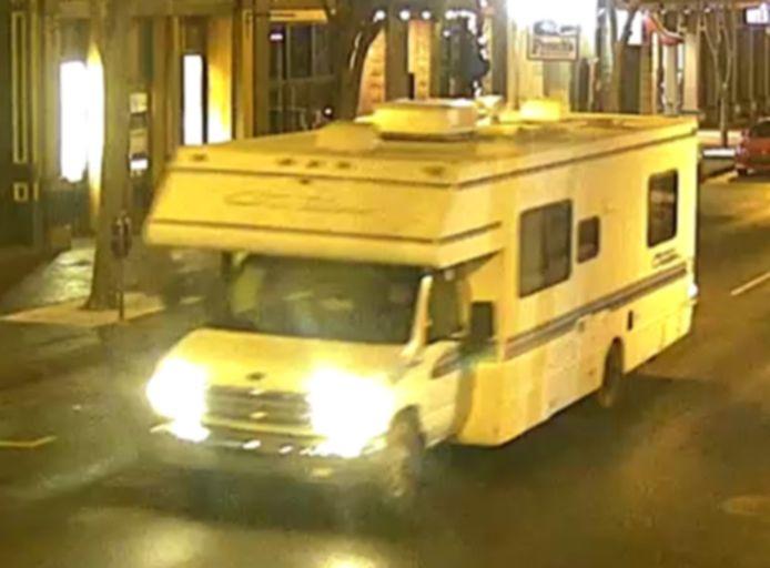 De camper die later tot ontploffing werd gebracht, reed even voordien voorbij een verkeerscamera in Nashville.