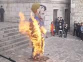 Le carnaval fait aussi polémique en Croatie: l'effigie d'un couple gay incendiée