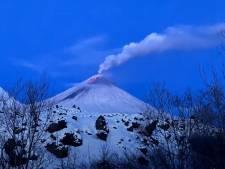 Le plus grand volcan d'Eurasie est entré en éruption