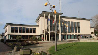 Heibel over uitbreiding gemeentehuis