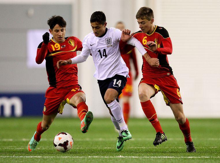 Ismaïl Azzaoui (l) vertrekt bij Anderlecht