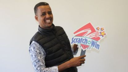 """Vluchteling (28) in Canada wint twee keer de Lotto in nog geen halfjaar tijd: """"Huis gekocht en ik wil gaan studeren"""""""