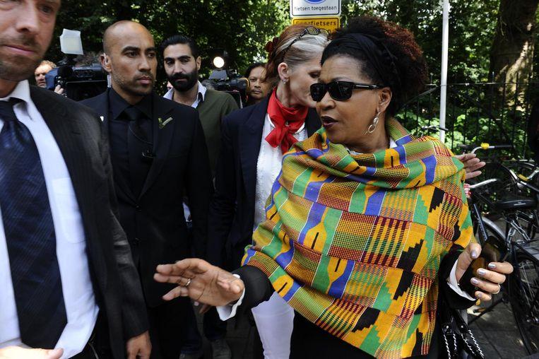 VN-functionaris Verene Shepherd arriveert bij de nationale herdenking van de afschaffing van de slavernij in het Oosterpark, 1 juli 2014. Beeld anp