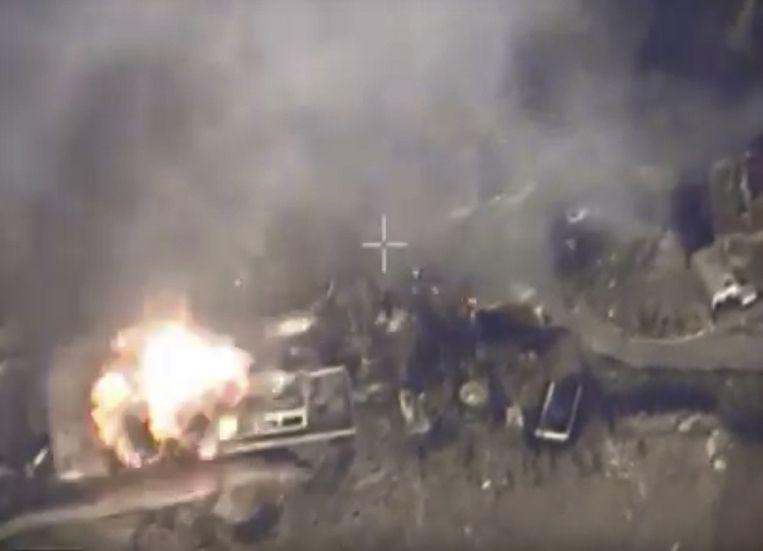 Beelden van een bombardement, beschikbaar gesteld door het Russische ministerie van Defensie. Beeld AP
