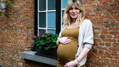 """Véronique Leysen beviel met een keizersnede van tweede zoontje Isaï: """"Ik heb de geboorte nu veel bewuster meegemaakt"""""""