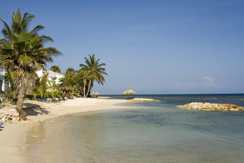 Barbados wil met een speciale regeling mensen lokken er een jaar te wonen en op afstand te werken.