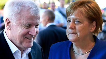 """Merkel en Seehofer bereiken doorbraak over migratie, Oostenrijk klaar om grens met Italië te """"beschermen"""""""